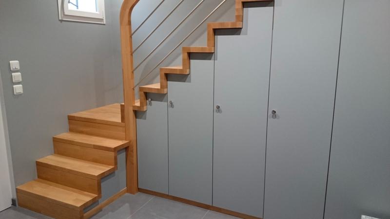 Escalier bois avec rangements intégrés