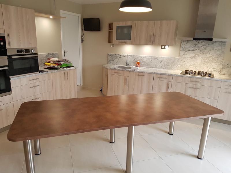 Fabrication et pose de cuisine meubles mélaminés coloris pin Aland 1/2