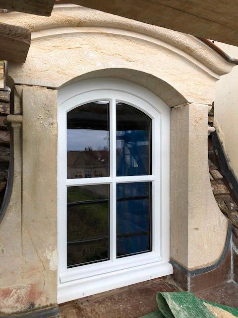 Pose d'une fenêtre en PVC blanc
